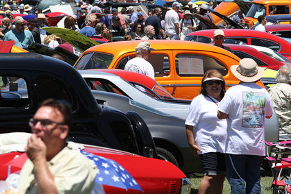 Thousands Cruise Into Pala Mesa For Fallbrook Vintage Car Show - Mesa car show